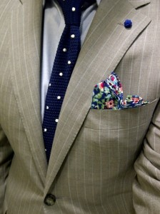 pocket-square-and-tie